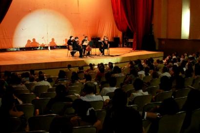 el-teatro-pigoanza-de-neiva-acogio-el-cuarteto-acies_2013-03-05_323.jpg
